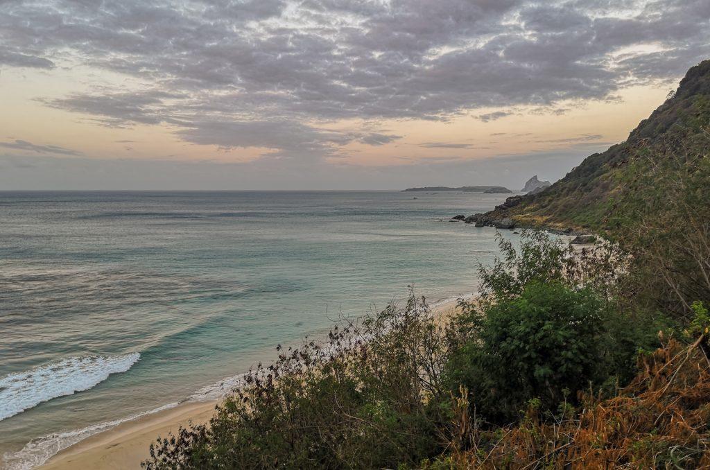 Noronha Praia do Boldro Sonnenuntergang