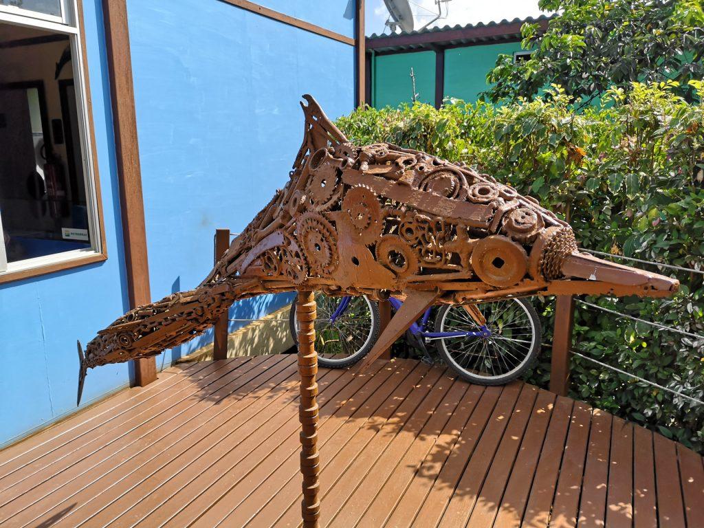 Noronha Delfin Statue